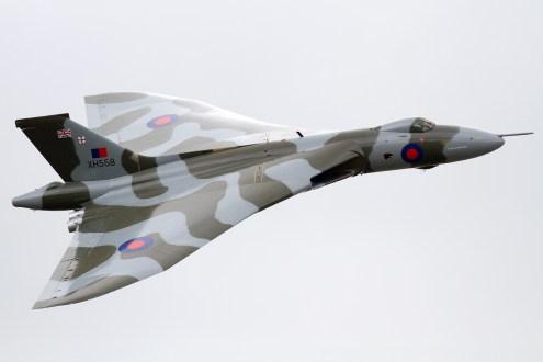 © Mic Lovering - Yeovilton Air Day 2015 - Vulcan XH558 Image Wall
