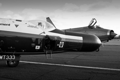 © Jamie Ewan - English Electric Canberra B(I)8 WT333 & stablemate Lightning F.6 ZR728/JS - WT333 60th Anniversary