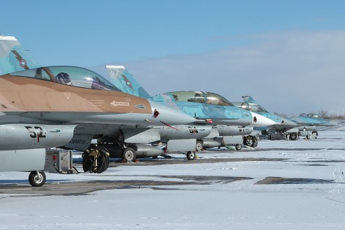 © Mark Forest - General Dynamics F-16N Lineup - NAS Fallon