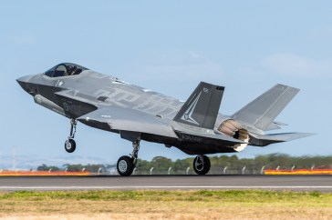 © Douglas Monk - RAAF F-35A A35-002 - Australian International Air Show 2017