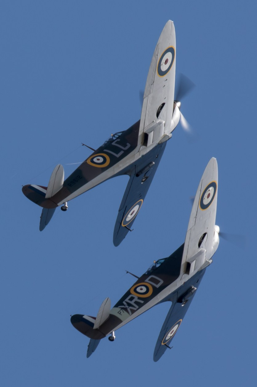 © Adam Duffield - Spitfire MkI pair - Flying Legends 2017