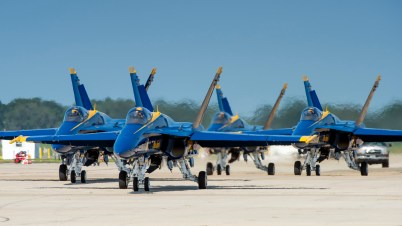 © Douglas Monk - US Navy Blue Angels - NAS Oceana Airshow 2017