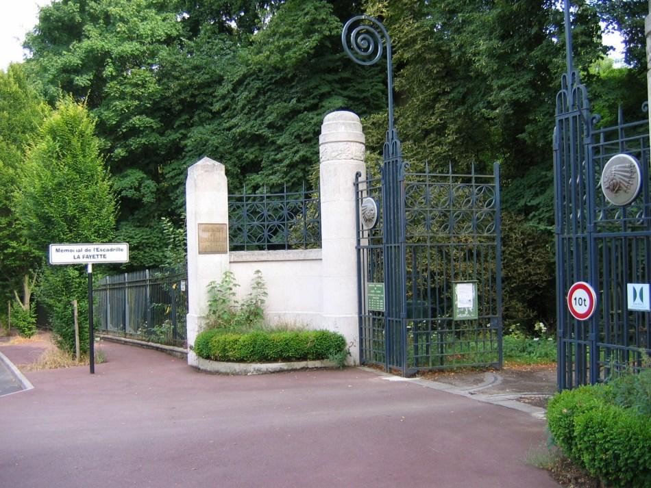 Mmorial La Fayette  MarneslaCoquette  Arostles
