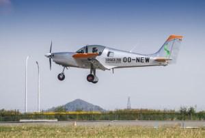Premier vol pour le Sonaca 200