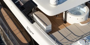 New Sunreef 80 power catamaran photo