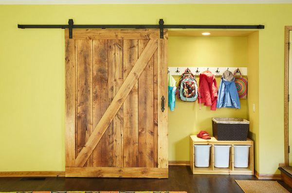 barn-door-entryway-room-storage