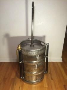 The finished keg-smoker!