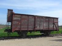 Wagon pouvant transporter une centaine de personnes