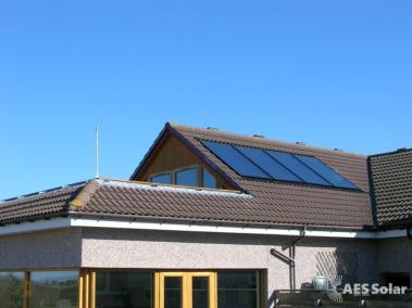 Solar hot water system roof integrated
