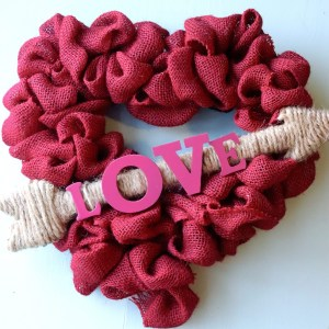 Valentine Crafts: Heart Wreath