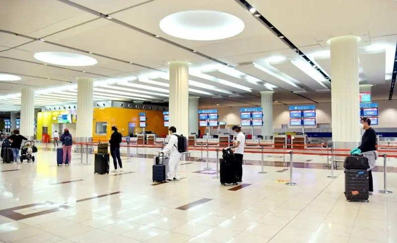 UAE Residents No Longer Need Entry Permit To Return