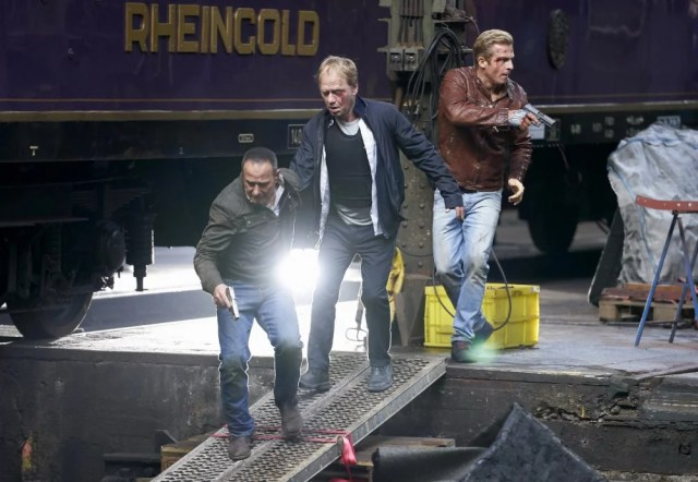 Райнер Щекер, Семир (Ердоган Аталай) и Паул (Даниел Рьоснер)