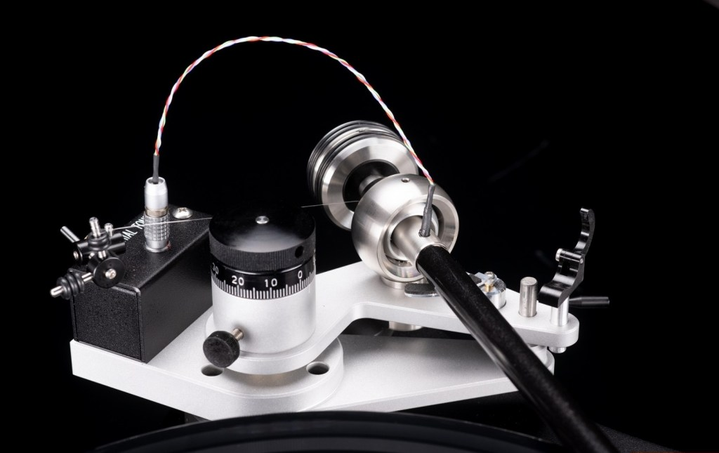 VPI Prime 21 e Prime 21+: giradischi di fascia alta facili da montare