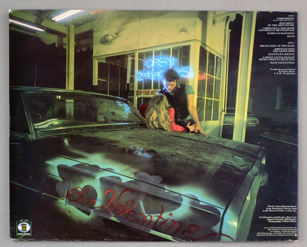 Tom Waits: Blue Valentine sorseggiando Kaplja