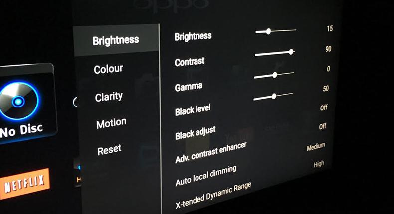 regolazione luminosità, colori