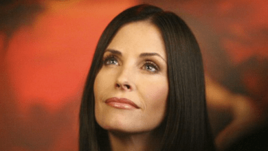 Photo of Courteney Cox en guest dans Modern Family