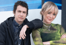 Photo de Adam Lamberg dans le revival de Lizzie McGuire
