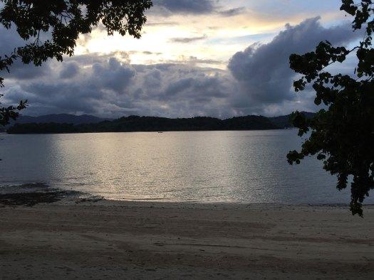 naka-beach