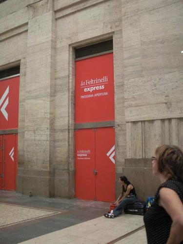 Apre in Stazione Centrale la Feltrinelli pi grande dItalia  Affaritalianiit
