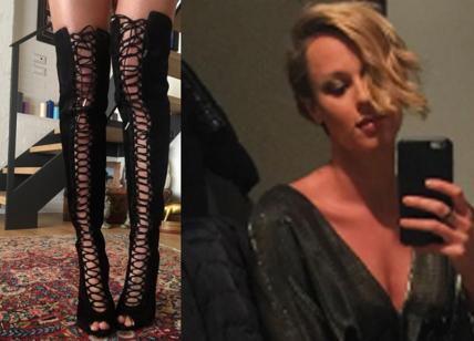 Federica Pellegrini sexy pinne col tacco scarpe hot e selfie scollata Foto  Affaritalianiit