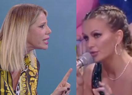 Isola dei Famosi 2018, Alessia Marcuzzi contro Eva Henger. Nomination e... ISOLA 2018 NEWS