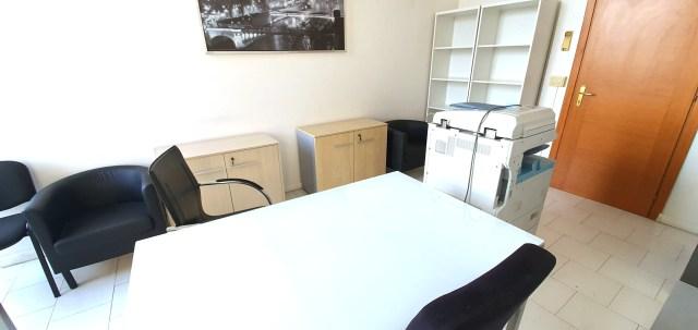 Napoli affitto ufficio arredato pronto all'uso