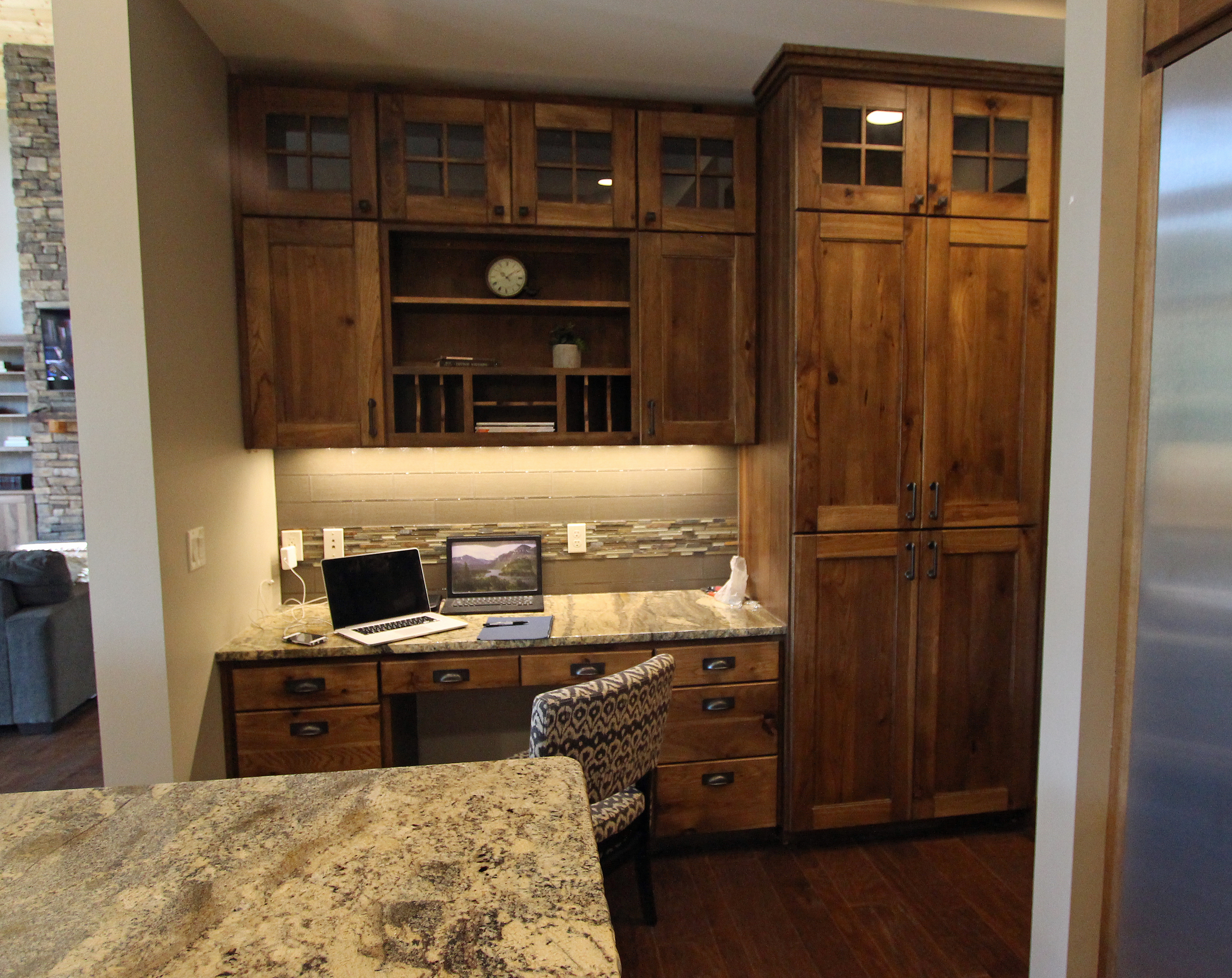 hickory shaker style kitchen cabinets 33 x 22 sink affordable custom showroom