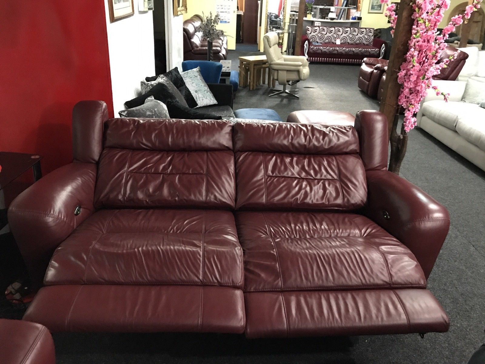 HALCYON LEATHER POWER RECLINER 3 SEATER FVILLAGE