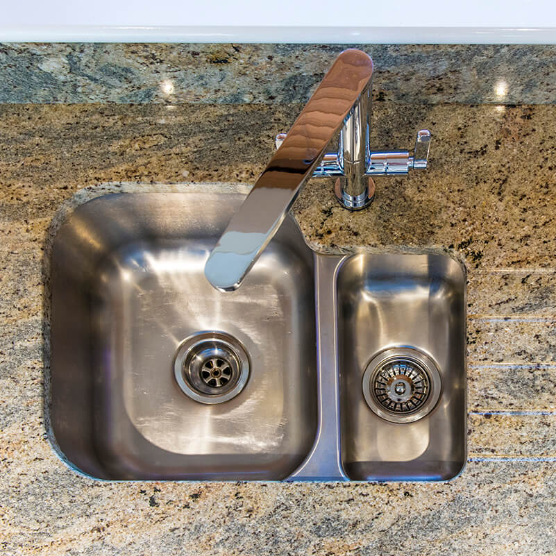 fitting sinks into granite worktops hob