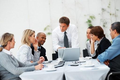دراسات العملاء وبحوث المستهلكين
