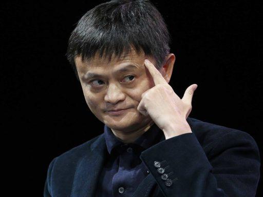 """قصة نجاح """"جاك ما"""" اغنى رجل في الصين صاحب موقع علي بابا"""