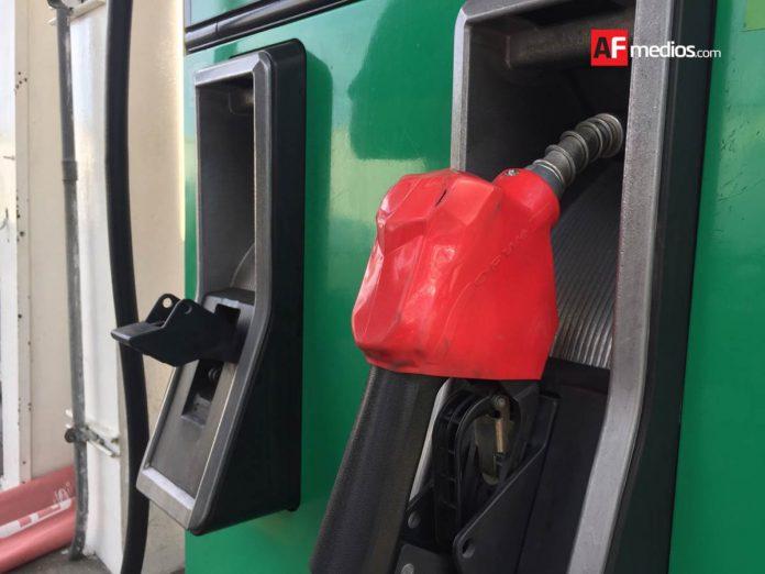 gasolina gasolineria 1 696x522 - Gasolinera propiedad de funcionaria en Chihuahua no acepta sellos de Profeco - #Noticias