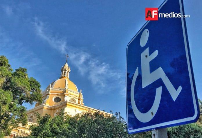 discapacidad colima discapcitados 696x475 - El 6.7% de población en México de 5 años y más tienen una discapacidad