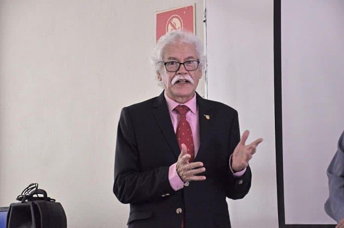 guillermoruizmoreno 696x462 - Generaciones actuales tendrán pensiones de miseria, y no lo saben: Ángel Ruiz - #Noticias