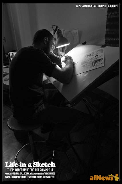 Luca Genovese nel suo studio per il progetto Life in a Sketch
