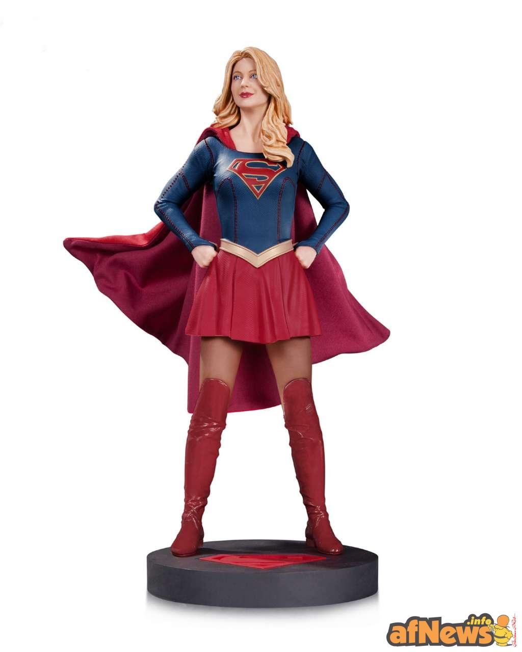 2015-10-16-afnews-supergirl-statue
