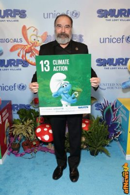 NEW YORK, NY - MARCH 18: Actor Mandy Patinkin at the United Nations Headquarters celebrating International Day of Happiness in conjunction with SMURFS: THE LOST VILLAGE on March 18, 2017 in New York City. (Photo by Cindy Ord/Getty Images for Sony Pictures)