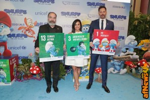 NEW YORK, NY - MARCH 18: (L-R) Actors Mandy Patinkin, Demi Lovato, and Joe Manganiello at the United Nations Headquarters celebrating International Day of Happiness in conjunction with SMURFS: THE LOST VILLAGE on March 18, 2017 in New York City. (Photo by Cindy Ord/Getty Images for Sony Pictures)
