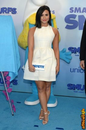 NEW YORK, NY - MARCH 18: Actress and singer Demi Lovato at the United Nations Headquarters celebrating International Day of Happiness in conjunction with SMURFS: THE LOST VILLAGE on March 18, 2017 in New York City. (Photo by Andrew Toth/Getty Images for Sony Pictures)