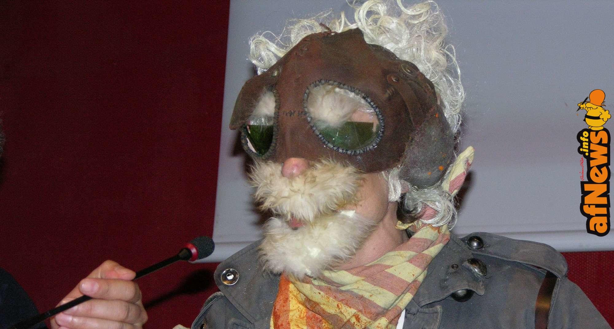 Massimiliano Frezzato vestito da personaggio dei Maser - foto Gianfranco Goria