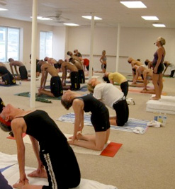 tips for bikram yoga beginners  a foodie stays fit