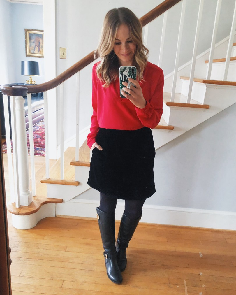 ted top and black skirt outfit with boots for Fall