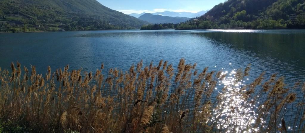 Il lago e la montagna: una nuova prospettiva per il lavoro