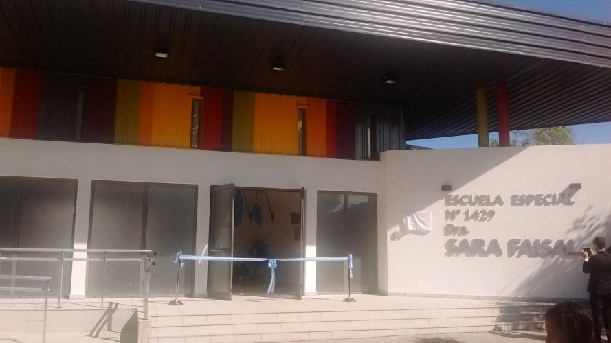 La Escuela Especial Sara Faisal inauguró su remozado edificio