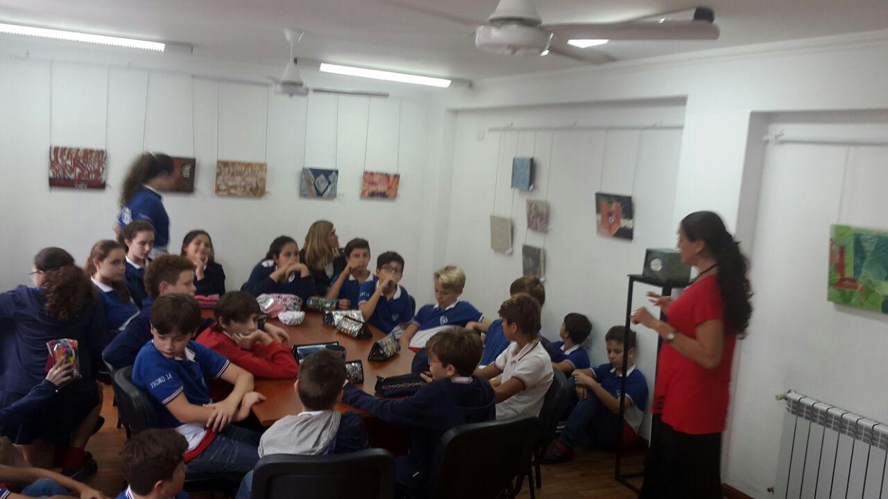 """Alumnos de las Escuelas Primaria N° 1307 y Secundaria N°3107 desarrollan sus clases en la Sala de Arte """"Sara Faisal"""""""