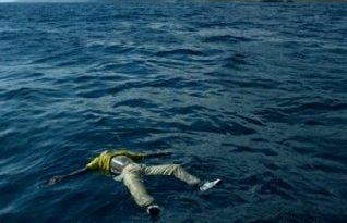 Cadavere galleggiante