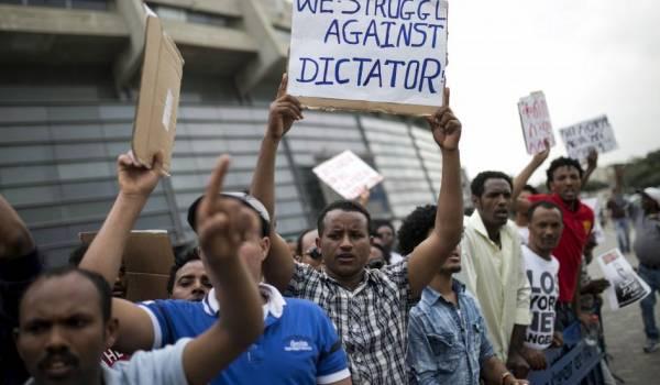 struggle against dictator 600