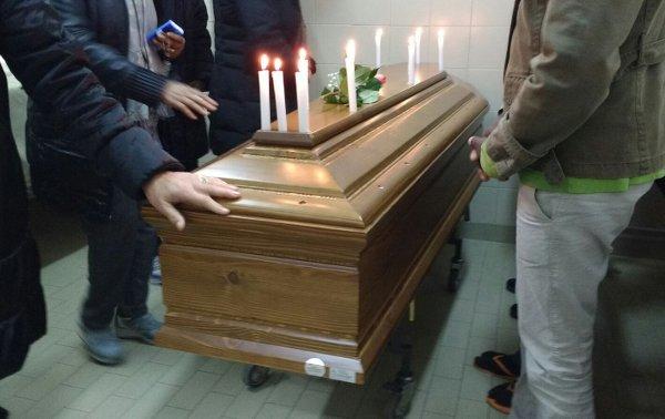 Cerimonia di addio Tedros, giovane eritreo morto a Cagliari