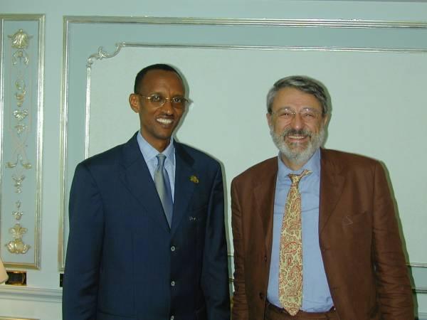 Il presidente del Ruanda con Massimo Alberizzi