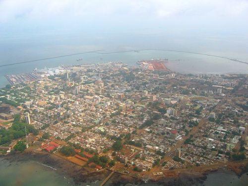 Panoramica di Conakry, capitale della Guinea